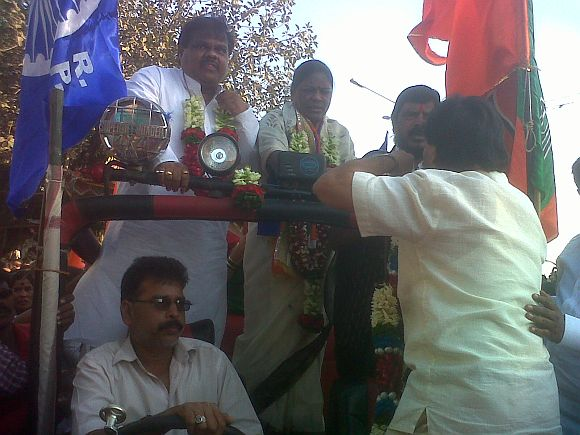 Dilip and Sunita Chavan with Ramdas Athavle during a rally in Mumbai