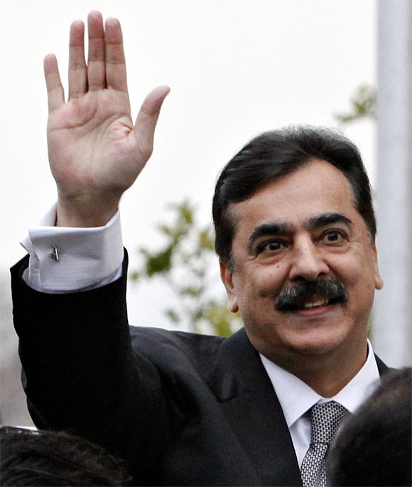Pakistan Prime Minister Yusuf Raza Gilani at the Supreme Court