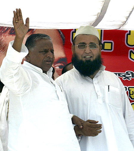 Mulayam Singh Yadav during the 2009 election campaign