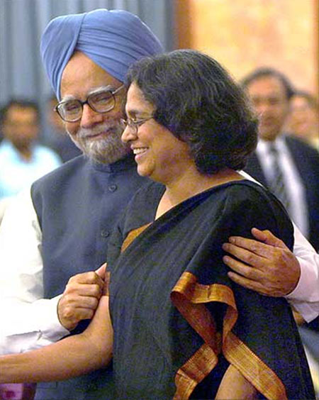 Prime Minister Manmohan Singh with his daughter Professor Upinder Singh, the respected historian