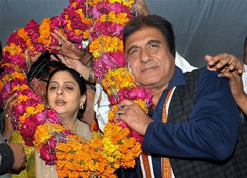 Raj Babbar, the Congress candidate from Ghaziabad, with Nagma, the Congress candidate from neighbouring Meerut.
