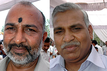 Badshah Singh (L) and Babu Singh Kushwaha, who were expelled from the Bahujan Samaj Party