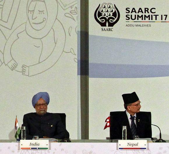 PM Singh with Nepal PM Baburam Bhattarai at the SAARC Summit at Addu, Maldives