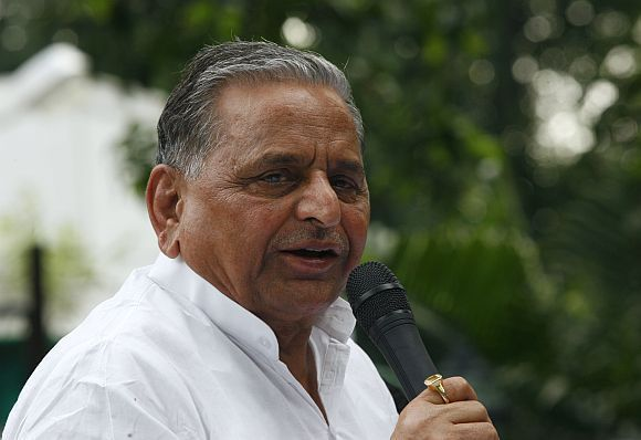 Mulayam Singh's Samajwadi Party is not too far behind Congress and BJP in terms of criminal candidates