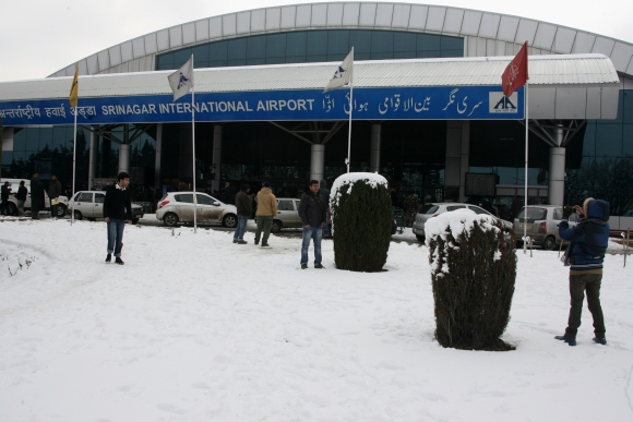 The Sringar airport was under snow