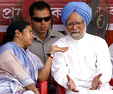 Mamata Banerjee with Dr Singh