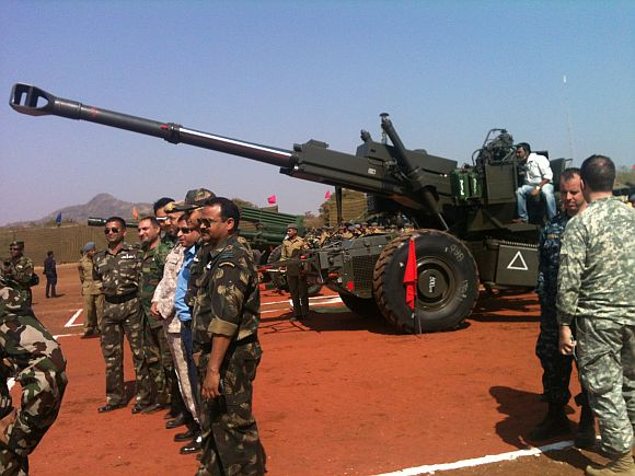 A view of the Bofors Howitzer