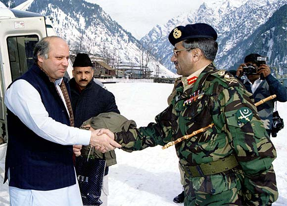 A file photo of then Pakistani Prime Minister Nawaz Sharif with then army chief General Pervez Musharraf