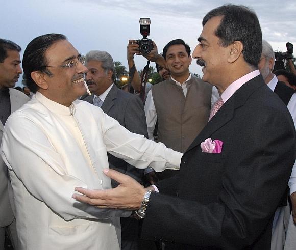 Zardari with Pakistan Prime Minister Yousuf Raza Gilani