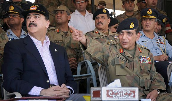 File photo of Kayani with PM Gilani