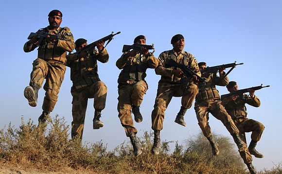 File photo of Pakistani soldiers participating in a drill