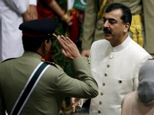 Pakistan Prime Minister Yusuf Raza Gilani and Army chief General Ashfaq Parvez Kayani