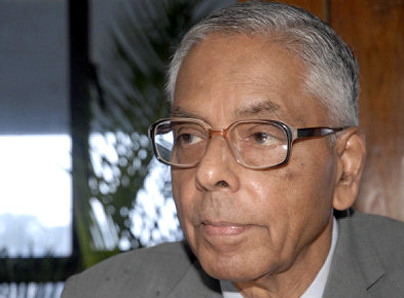 Media reports suggested that  MK Narayanan, former NSA, viewed in negative reflection Chidambaram's handling of the 26/11 strikes