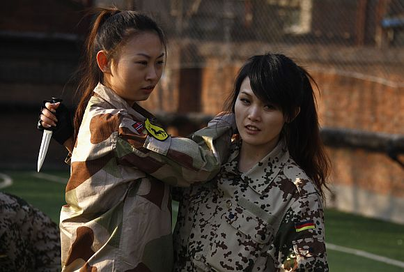 China's female bodyguards