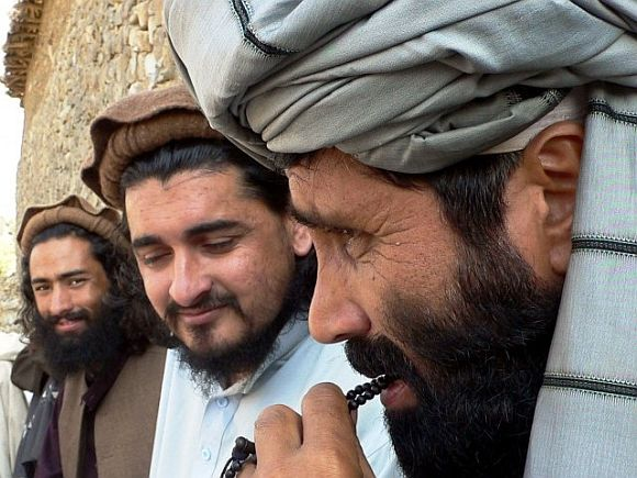 Hakimullah Mehsud with TTP leaders