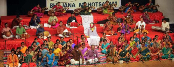 The ensemble at Shanmukhananda auditorium on Thyagaraja Aradhana day