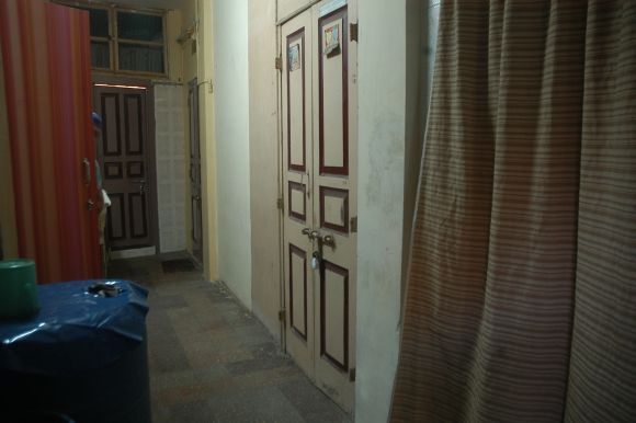 The sealed flat in Byculla where the 13/7 suspects stayed