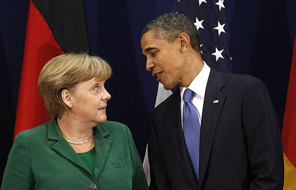Obama meets Merkel at the 2011 G20 in Cannes, France