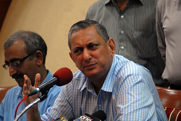Maharashtra ATS chief Rakesh Maria talks about the 13/7 case at a press conference in Mumbai