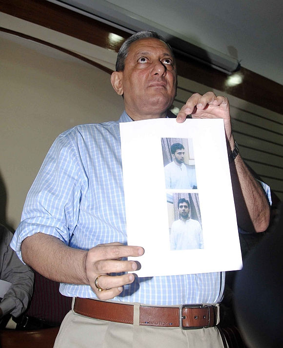 ATS chief Rakesh Maria at a press conference