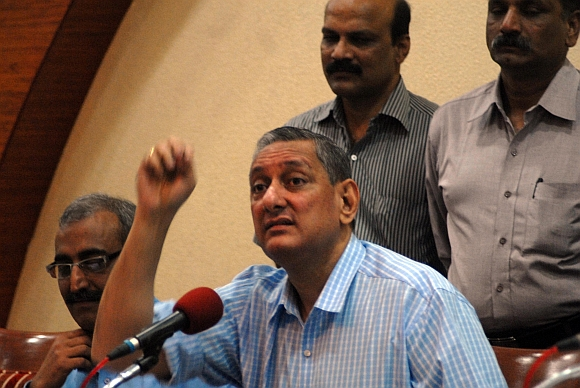 Maharashtra ATS chief Rakesh Maria at a press conference on the 13/7 blasts in Mumbai