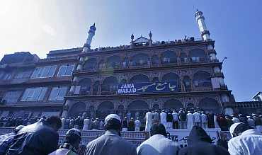 Muslims offer prayers at the Jama Masjid mosque before protesting against author Salman Rushdie in Jaipur