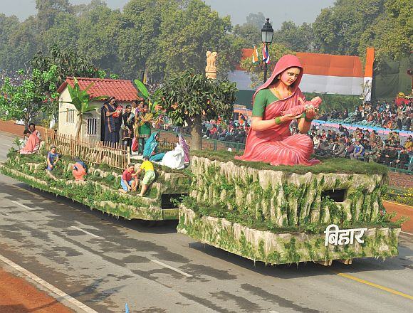 The tableau of Bihar passes through Rajpath