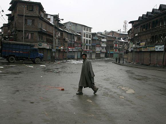 A deserted street in Kashmir