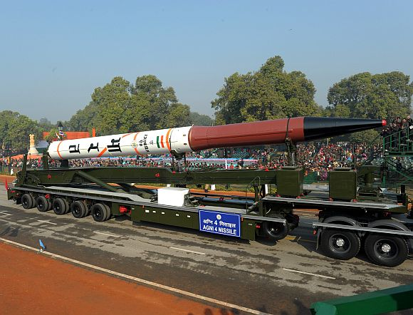 Agni 4 missile passes through the Rajpath