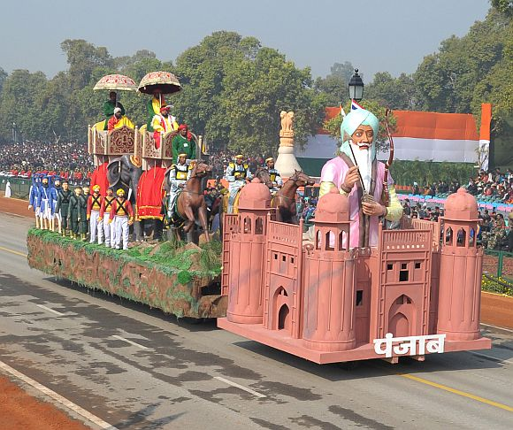 The tableau of Punjab passes through the Rajpath