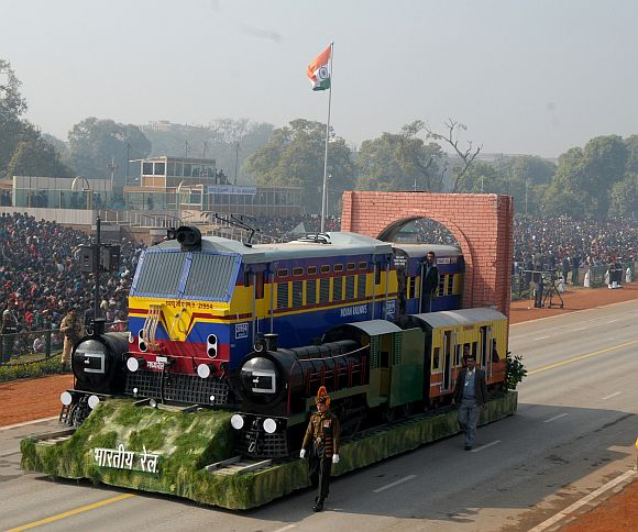 The tableau of Ministry of Railways passes through the Rajpath