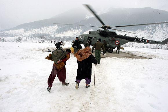 IAF's CONDORS resume rescue ops in Kishtwar