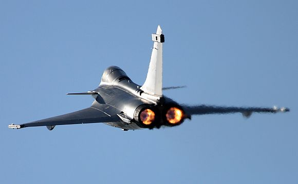 Rafale clinches India's Rs 52,000 cr fighter jet deal