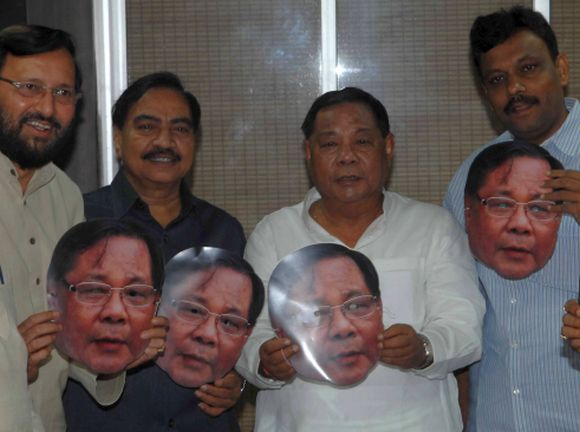 Opposition-backed Presidential nominee P A Sangma met with BJP leaders at the Indian Merchants' Chamber in Mumbai