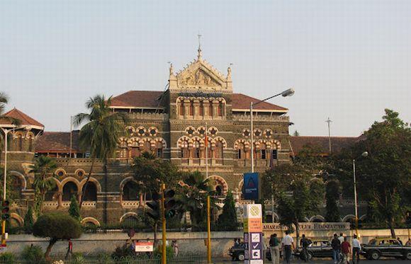 Where are the CCTV cameras that Mumbai needs?