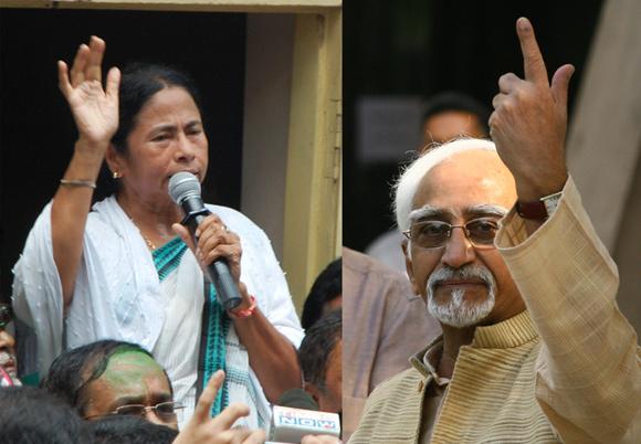 Mamata Banerjee lends Hamid Ansari a helping hand