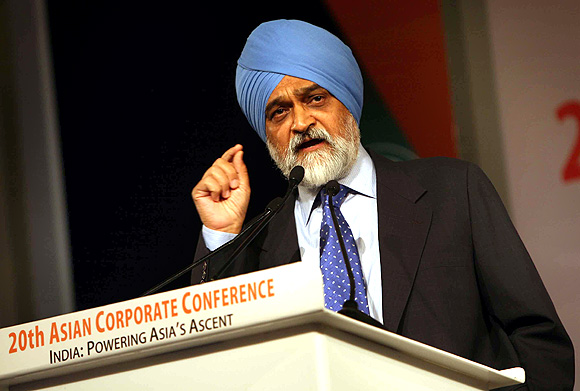 Is Montek Singh Ahluwalia on the lookout for a bigger and better post?