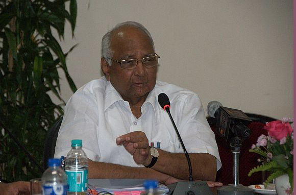 'Pawar no petty leader; we have larger issues with Cong'