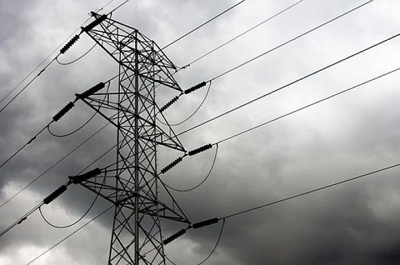 Northern grid collapses; power blackout in 7 states