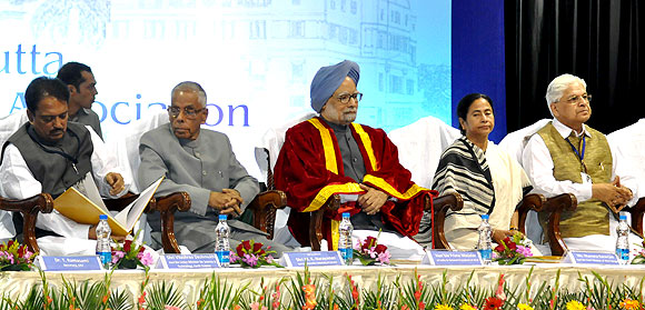 Deshmukh, Narayanan, Dr Singh and Dr Kumar at the inception ceremony