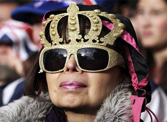 Queen Elizabeth's Jubilee bash: Fireworks & rock 'n roll