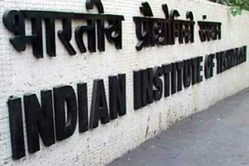 IIT-Kanpur defies Sibal; will have own exam from 2013