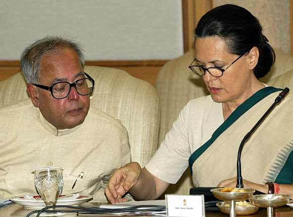 Finance Minister Pranab Mukherjee with Congress President Sonia Gandhi