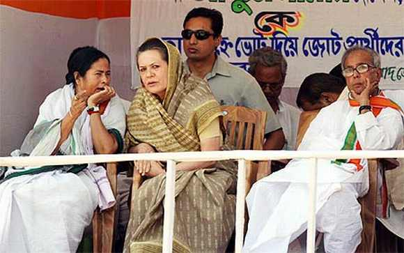 Banerjee with Congress President Sonia Gandhi and Finance Minister Pranab Mukherjee during a rally