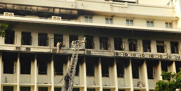 Mantralaya fire: Maha CM orders probe, structural audit