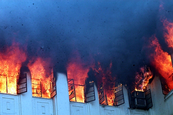 Fire engulfs offices of ministers in Mantralaya