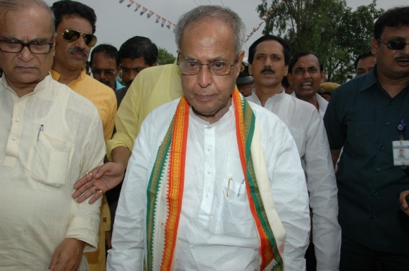 Bengal cheers for 'village boy' Pranab