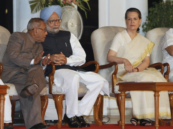 We will miss you, PM tells emotional Pranab