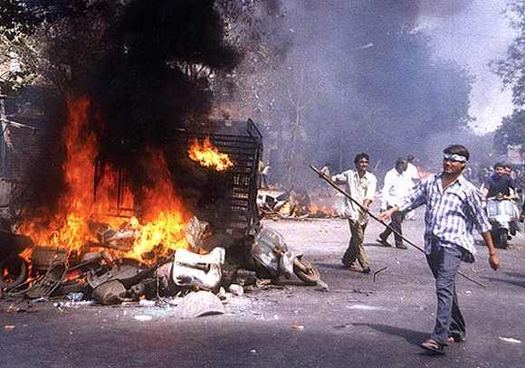 Rioters run amok in Ahmedabad after the Godhra train carnage