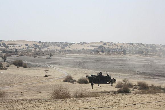 Indian, US troops set Thar desert on fire!